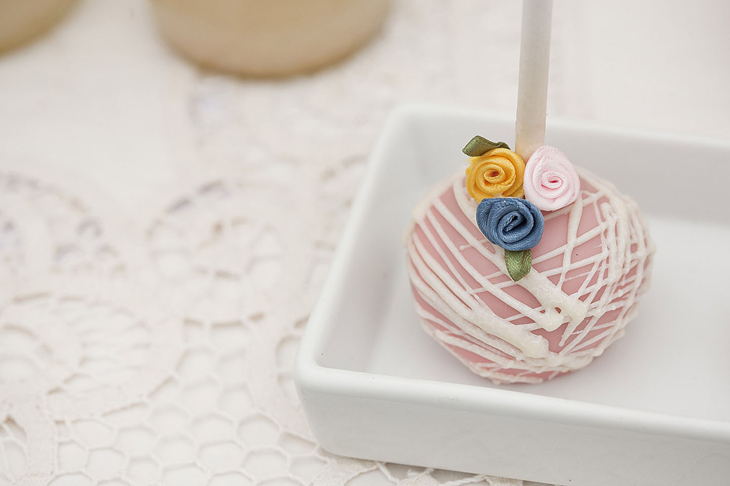 Cape Rey catered wedding cake pop